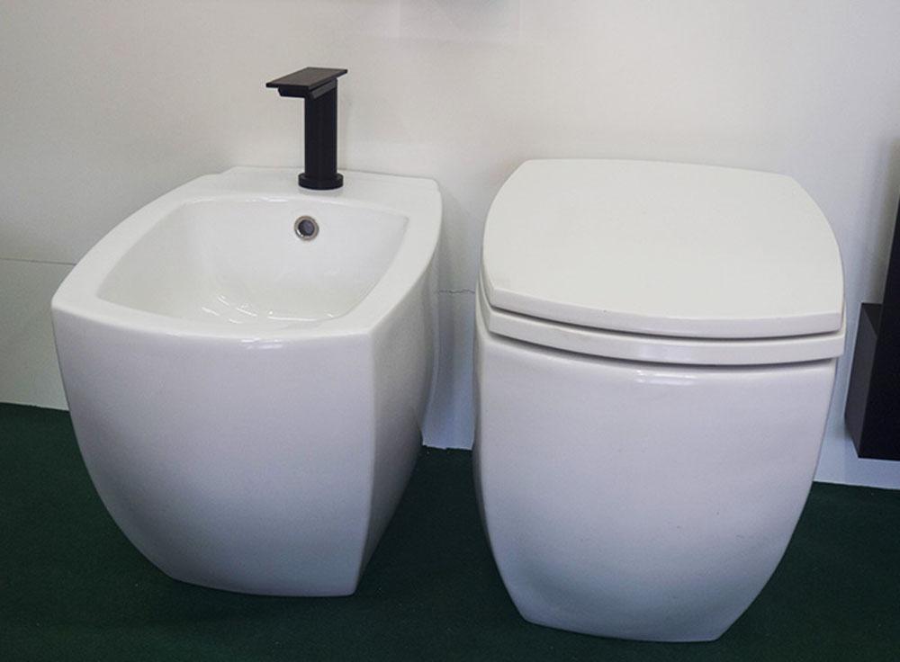 Vasca Da Bagno Agape Prezzi : Vaso e bidet agape 750 docce vasche e sanitari outlet arredo